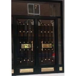 Puerta forja oro lineal