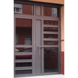 Puerta gris rectángulo